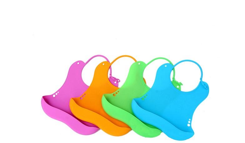 硅胶材质制造的婴幼儿硅胶围兜